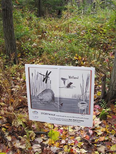 NEST NOOK & CRANNY StoryWalk Sign