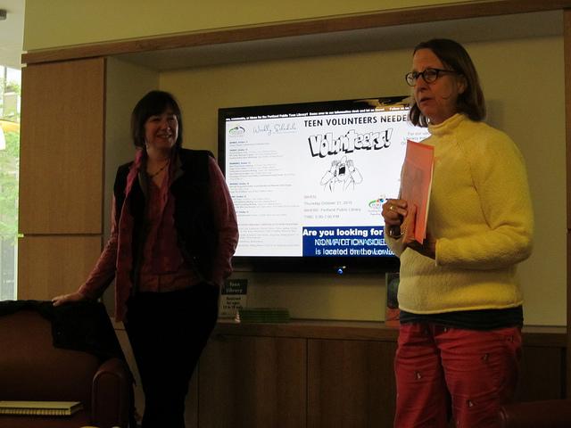 Jamie Hogan & Susan Blackby present book NEST NOOK & CRANNY